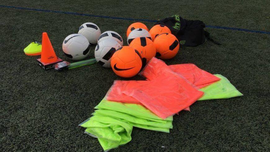 Material deportivo para las clases prácticas  2778b4248ff18